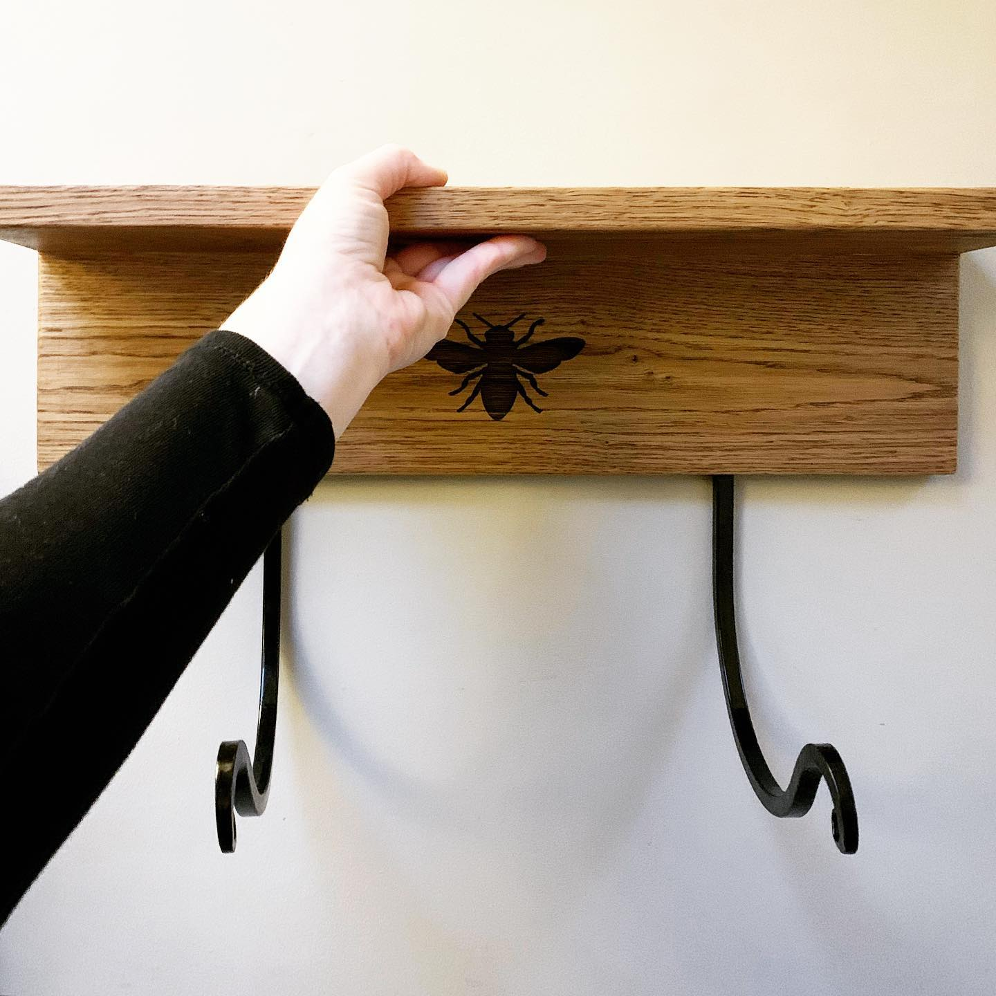 Our latest custom piece has just been delivered to its new home in Bath. Its designed to hold a yoga/gym mat and also acts as a handy shelf! ...#handmade #homewares #oak #bee #yoga #stayingfit #workingout #homedecor #bespoke