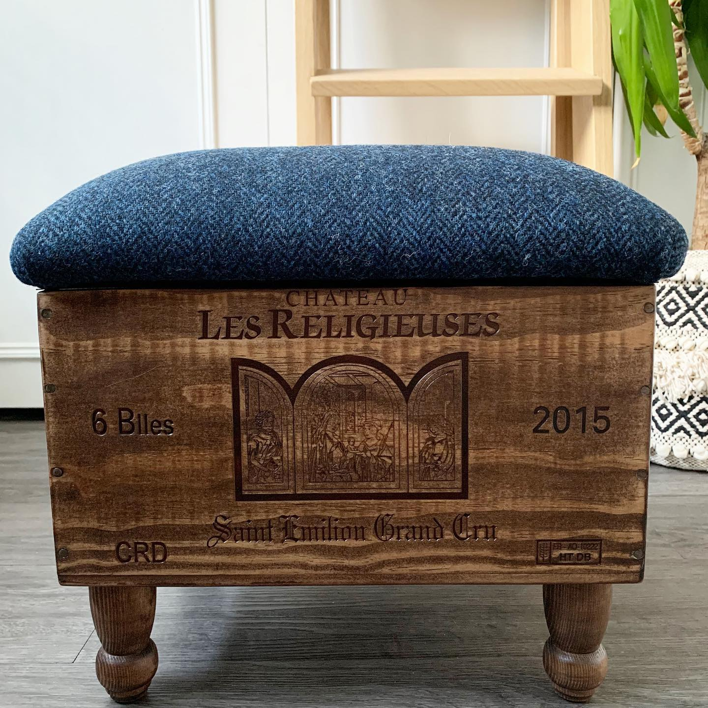This mini ottoman is for sale today from our #makersmarketfromhome stall. It's £69 plus £12.99 UK shipping. Created from a reclaimed 6 bottle wine box and topped with gorgeous Navy Harris Tweed, this is a favourite of ours. #handcrafted #homewares #gingerandtweed #shophandmade #shopindependent #madefromwood #ottoman #recyle #bespoke #unique