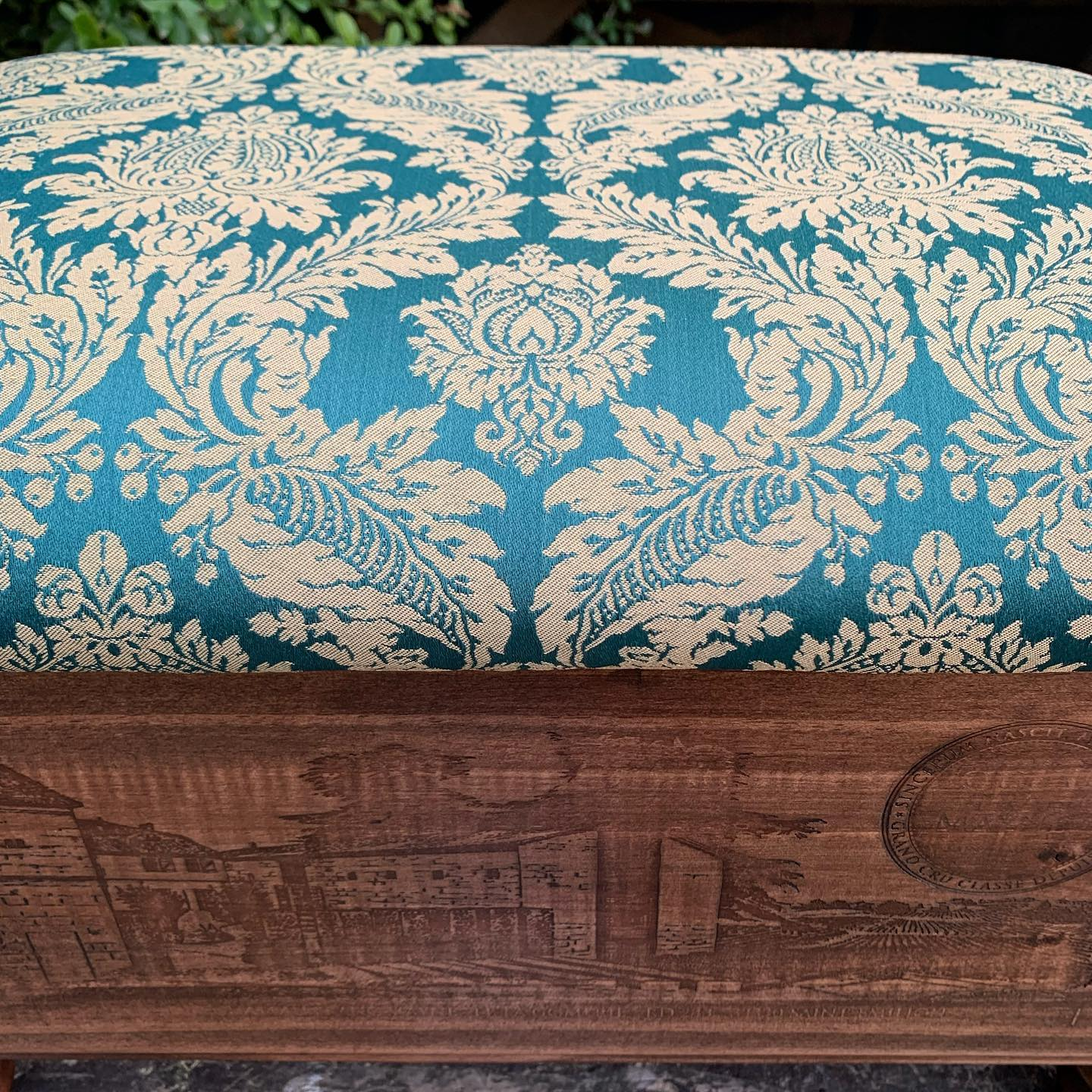 I'm really excited about this ottoman! This fabric has been selected to fit with a gorgeous teal decor ...#teal #damask #jacquard #matchingnotmatching #colourscheme #livingroomdecor #handcrafted #homewares #ottoman #bygingerandtweed #smallbusiness #proud