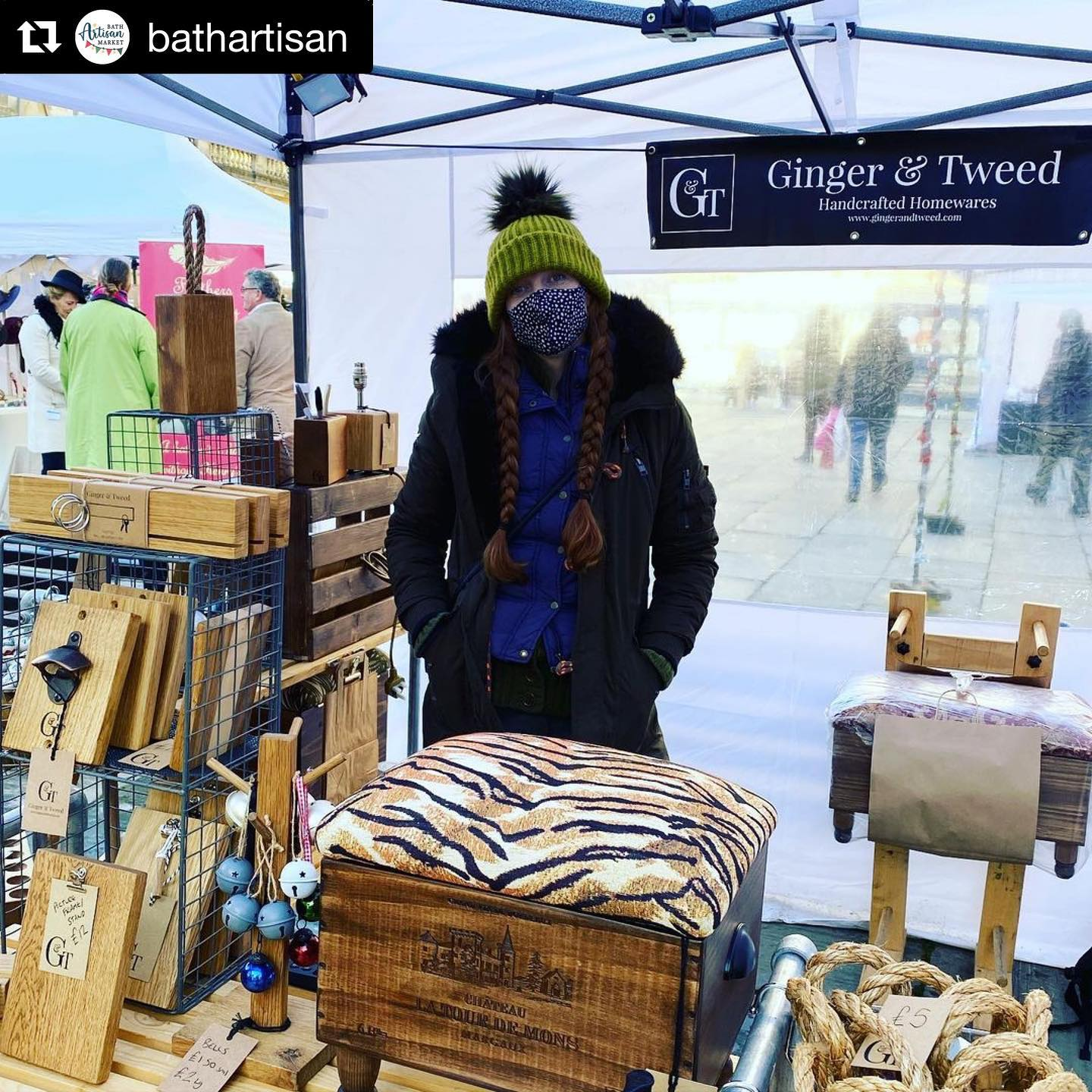 We wanted to thank everyone for coming along and supporting us all yesterday, we had a great day and enjoyed catching up with fellow traders! @alpacasol @lucyhcoddartist @simonwebbartisan @feathersbyhenry lovely to see you!We decided not to go today as our products don't enjoy the rain and we wanted to end the year on yesterday's glorious Bath day. We won't be trading at any more real life markets this year but looking forward to being able to start markets again in early 2020...Photo by @bathartisan #marketday #abbeygreen #bathchristmasmarket #sunday #dayoff #thankyou #2020 #gingerandtweed