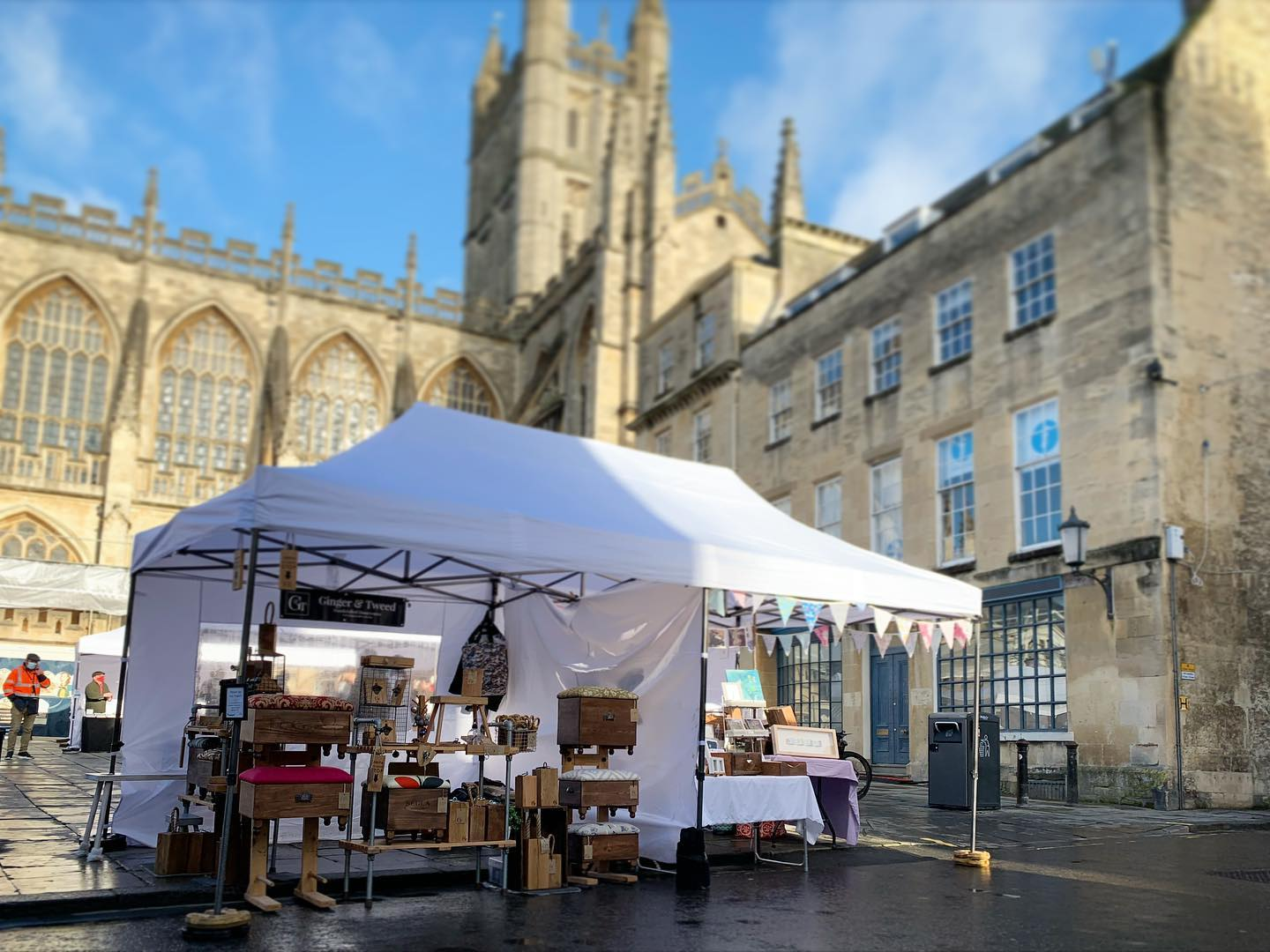 What a glorious day! ...#bathabbey #gingerandtweed #bathatchristmas #bathchristmasmarket #shopsmall #shoplocal #handcrafted #homedecor