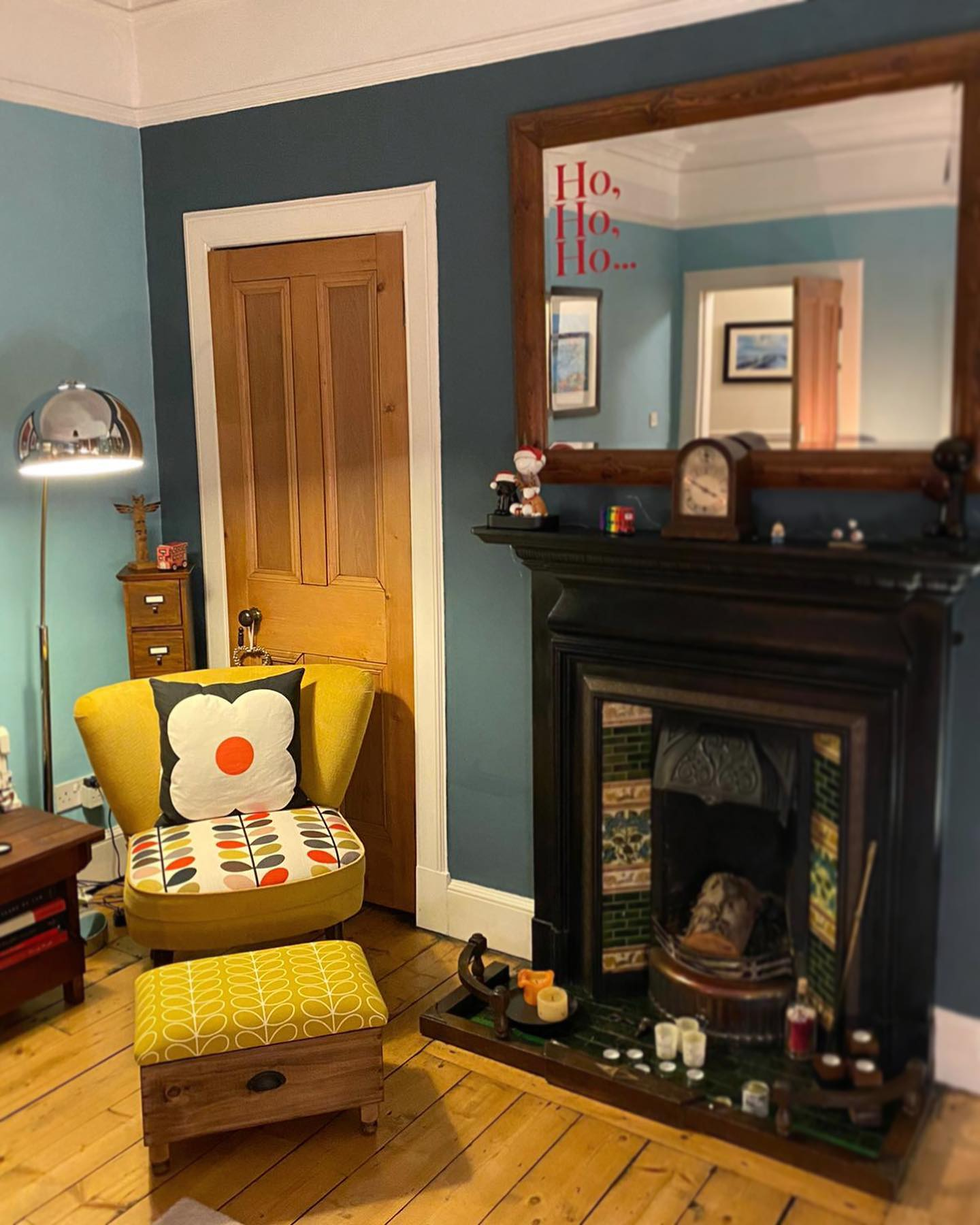 What a fabulous room! And our Orla Kiely Dandelion Ottoman fits in beautifully!Absolutely delighted to see this photo....#characterhome #victorian #homedecor #orlakiely #floral #perioddecor #oak #ochre #madetoorder #perfectfit #handcrafted #interior #gingerandtweed #bespoke #unique #giftideas