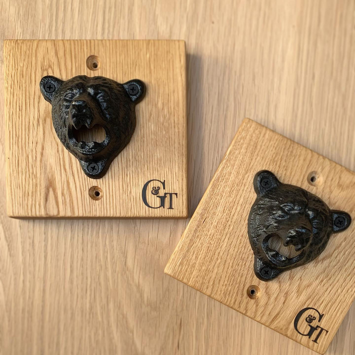 Gggrrrrrr  limited edition Bear Bottle Openers mounted on beautiful oak £18.99 inc postage There is only one left! feel free to comment below or contact us directly if you're interested. UPDATE-SOLD..Approximate Dimensions- 15.5cm x 15.5cm x 7.5cm .#independentretailer #handcrafted #homedecorinspo #limitededition #craft #bear #bottleopener #funhome #animalthemed #limitededition #gingerandtweed #giftideas #bbq