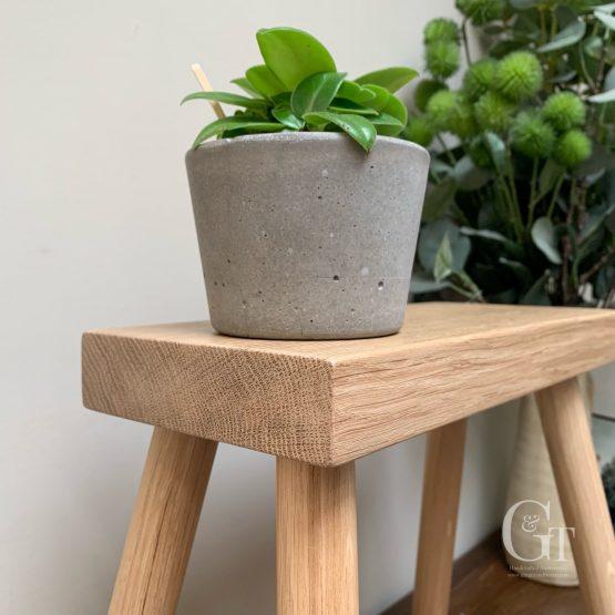 Milking stool oak 3